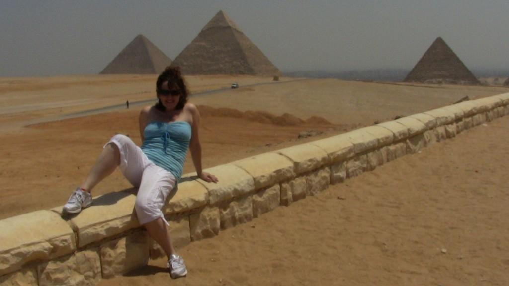 pyramids-sexy-pose